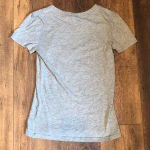 Hollister Tops - Hollister graphic t-shirt